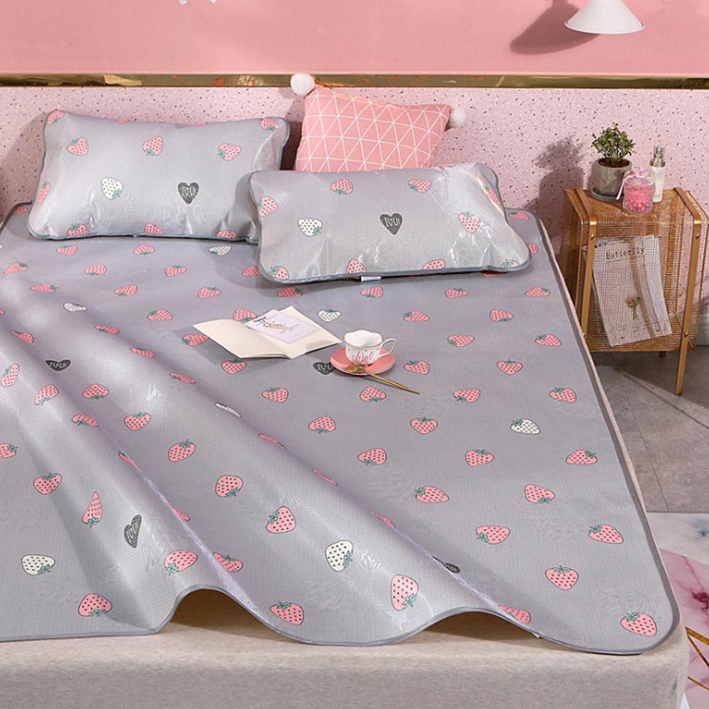 포리온 딸기딸기 침대 커버세트(120cmx195cm) [제작 대량 도매 로고 인쇄 레이저 마킹 각인 나염 실크 uv 포장 공장 문의는 네이뽕]