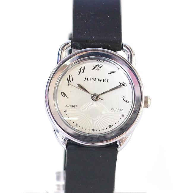 유니크 넘버 여성 손목시계(화이트) (3cmx21cm) [제작 대량 도매 로고 인쇄 레이저 마킹 각인 나염 실크 uv 포장 공장 문의는 네이뽕]