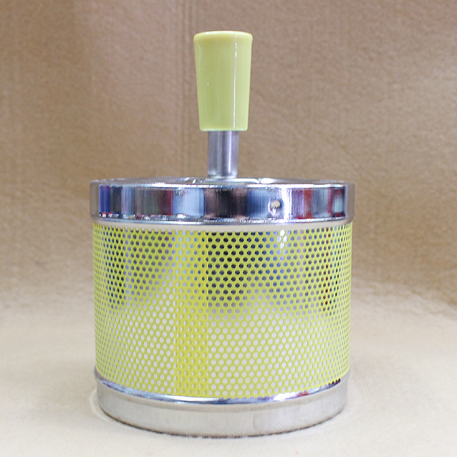 회오리 재떨이B(옐로) [제작 대량 도매 로고 인쇄 레이저 마킹 각인 나염 실크 uv 포장 공장 문의는 네이뽕]