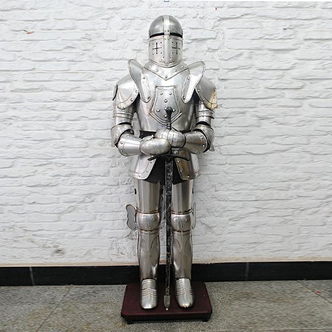 178cm 모형 철제 검을 잡은 대형 갑옷