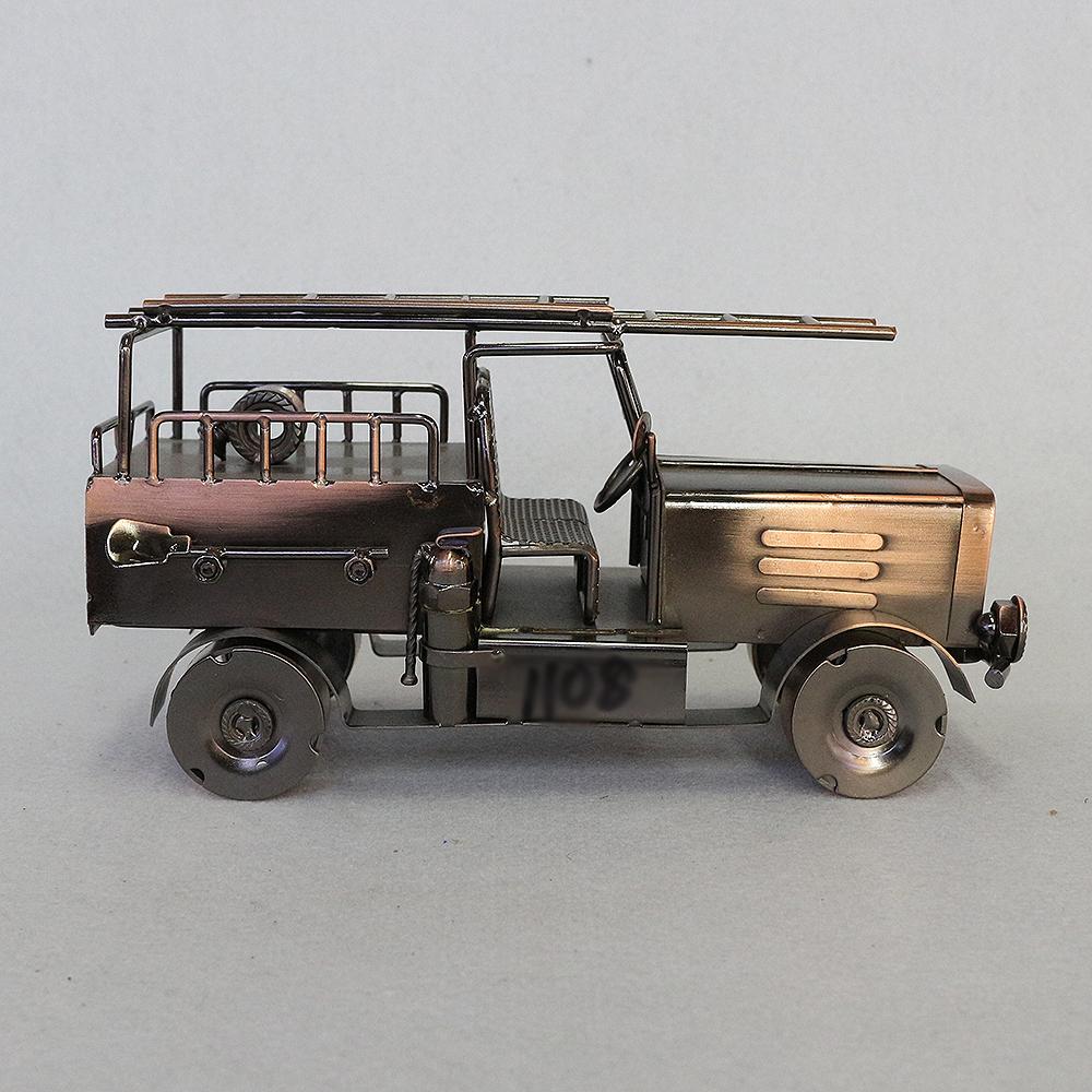 철제 구조용 자동차 장식(브론즈)