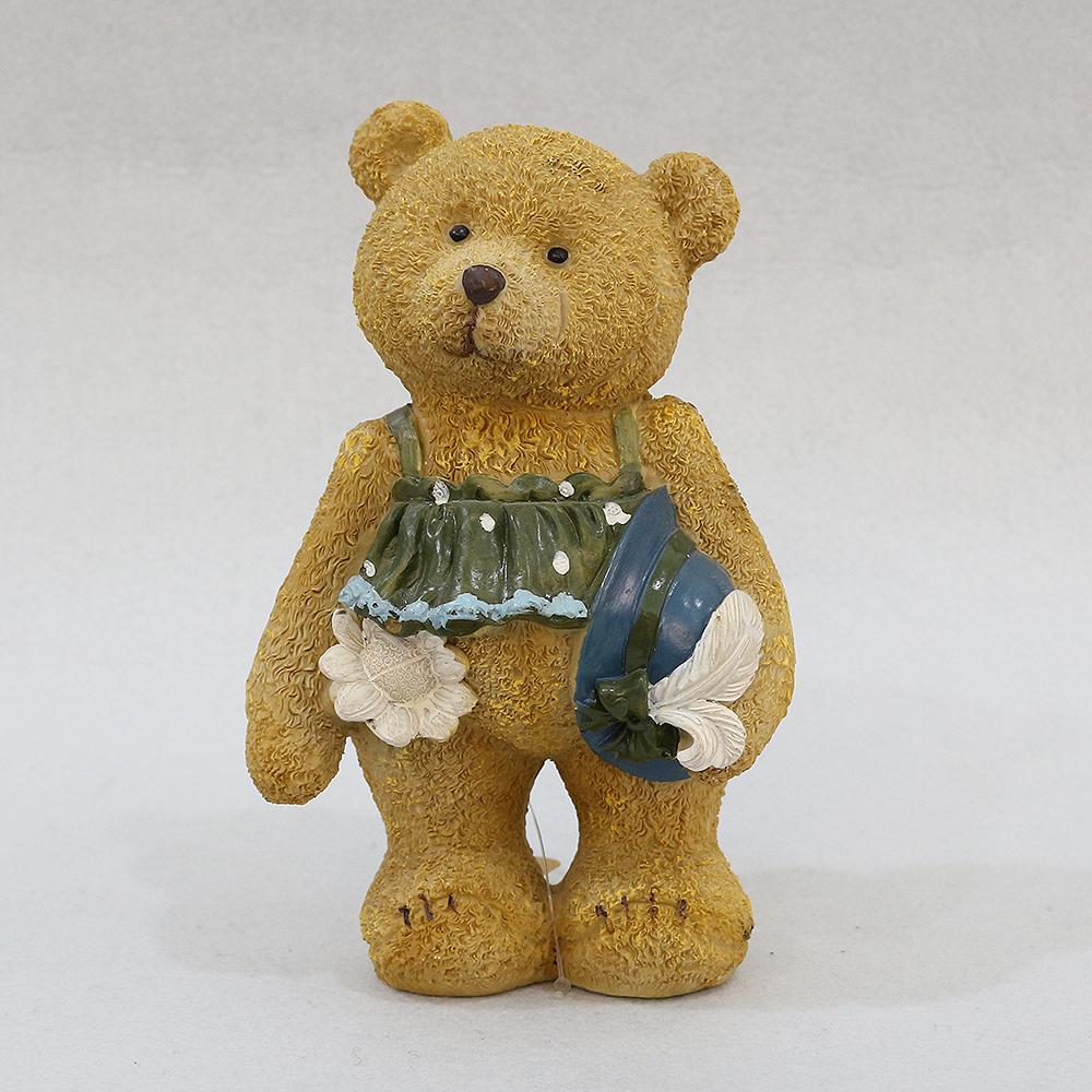 소풍가는 아기 곰돌이 조각상