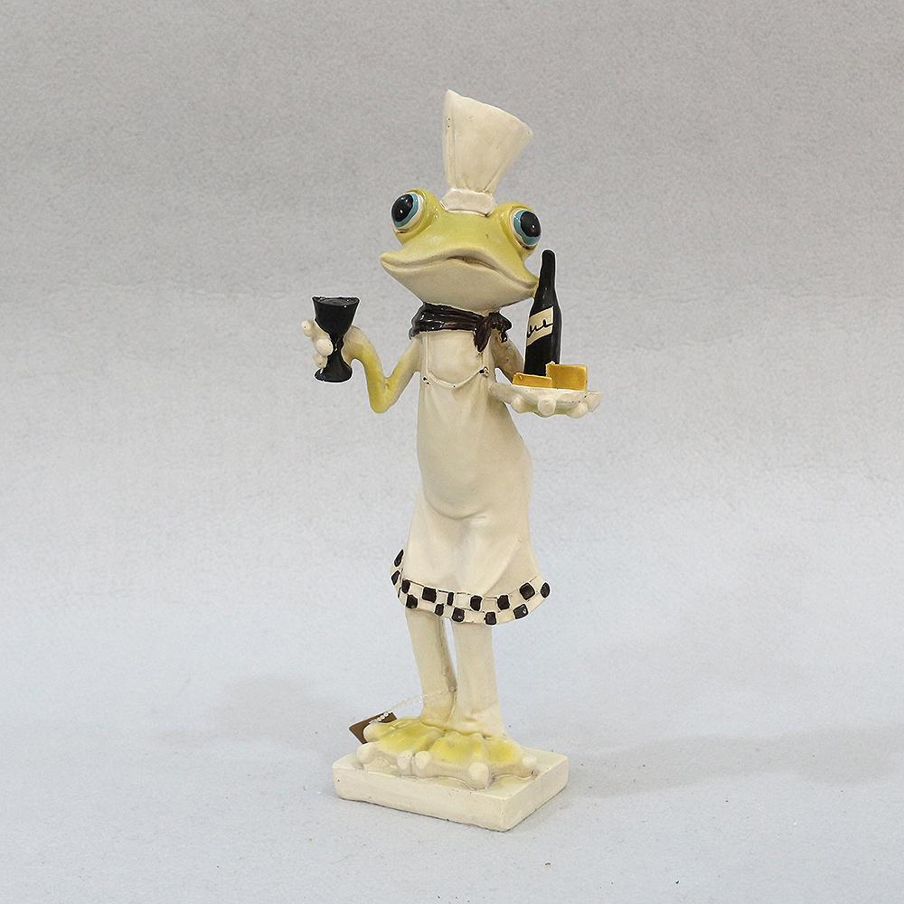 개구리 요리사 조각상 (웨이터)